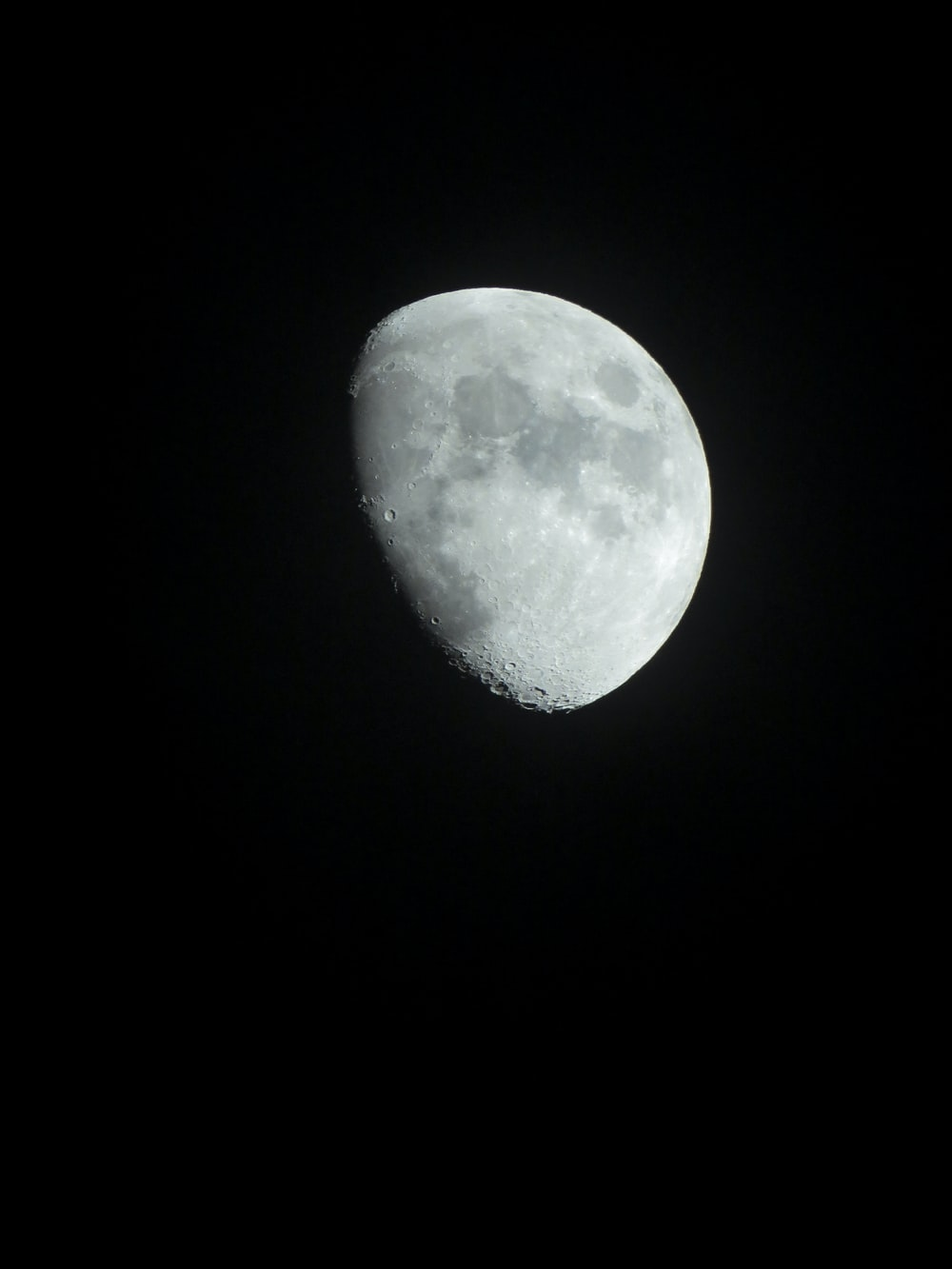 half moon illustration