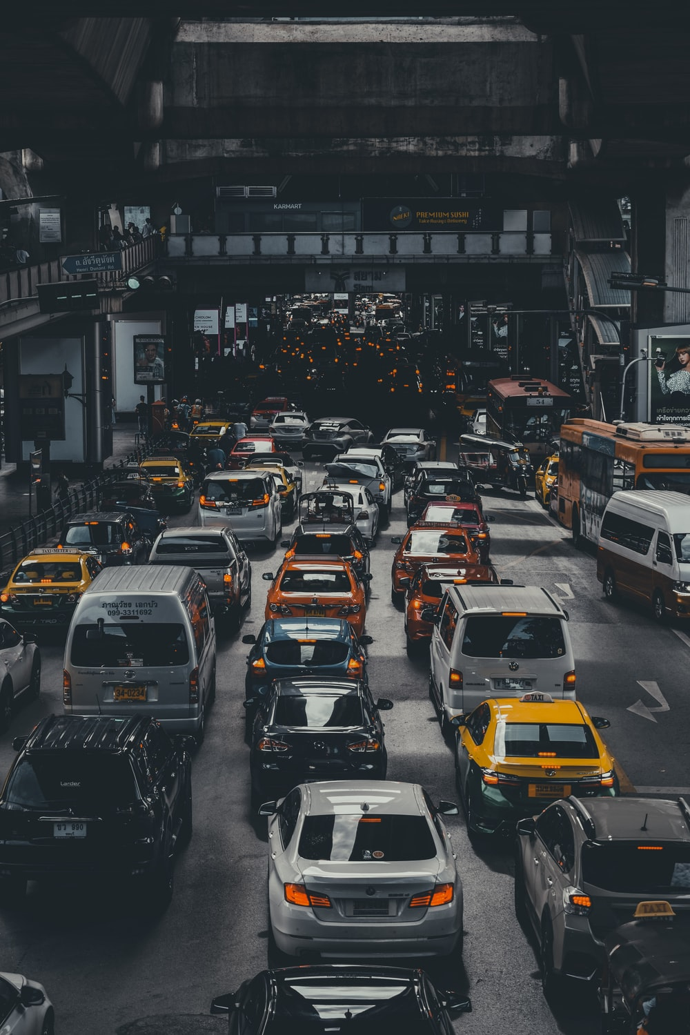 500 Traffic Jam Pictures Hd Download Free Images On Unsplash