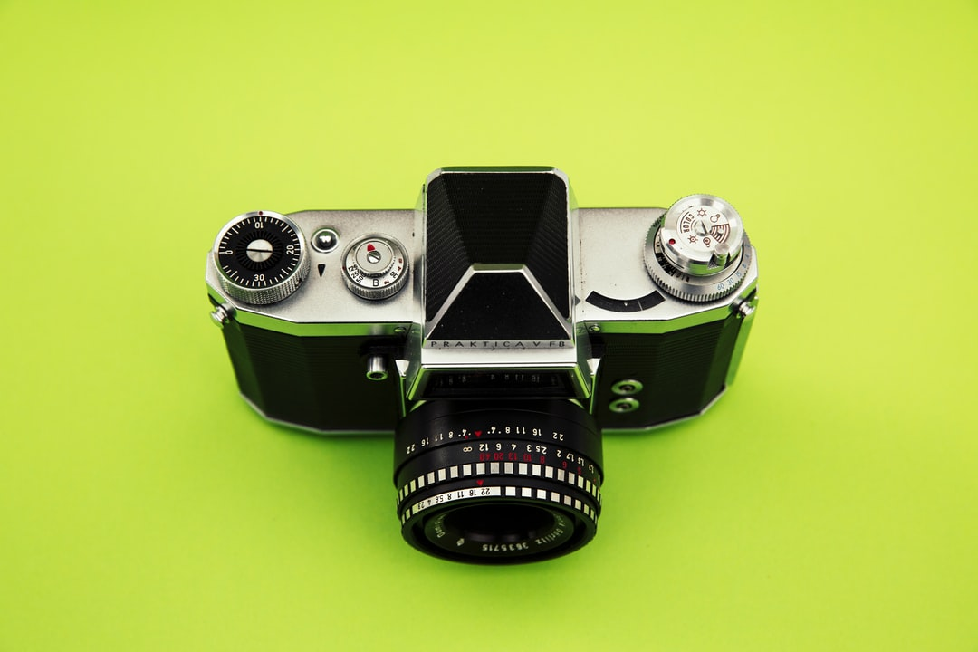 - photo 1568131698871 f72e16902cc0 ixlib rb 1 - Vintage Photocamera – Praktica V FB w… | HD photo by Markus Spiske (@markusspiske) on Unsplash