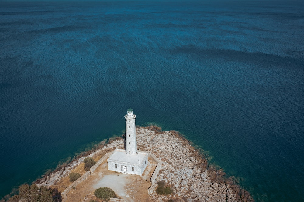 aerial photography of white lighthouse
