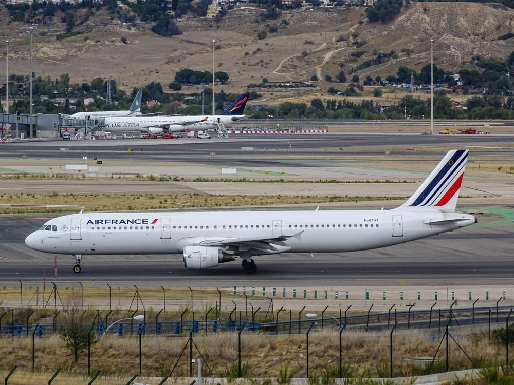white Airfrance airplane