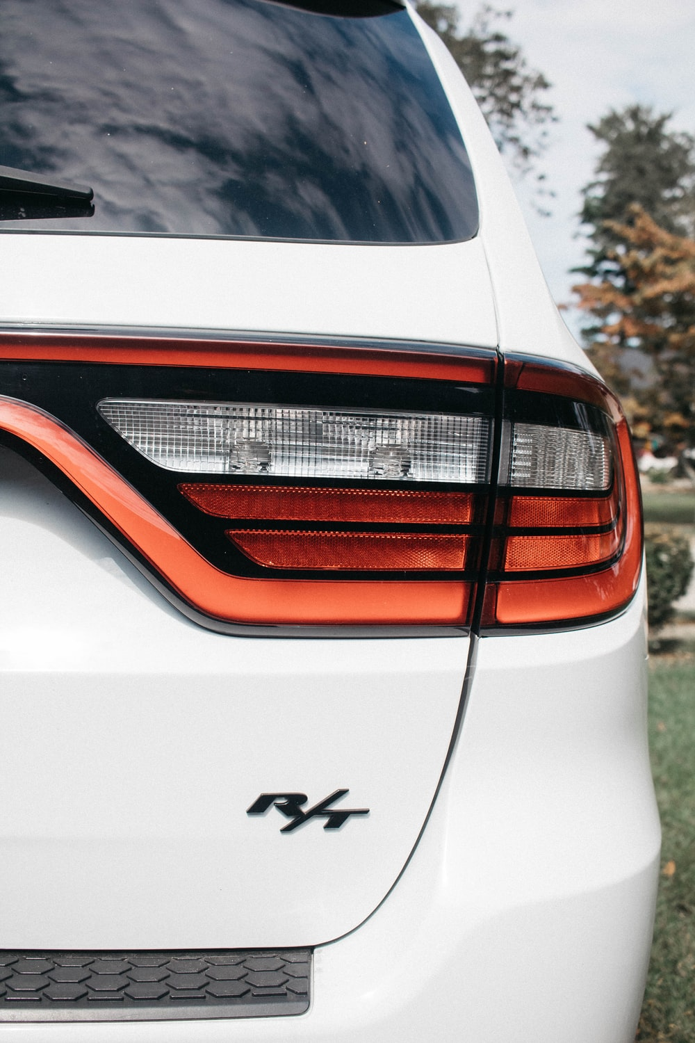 red vehicle taillight