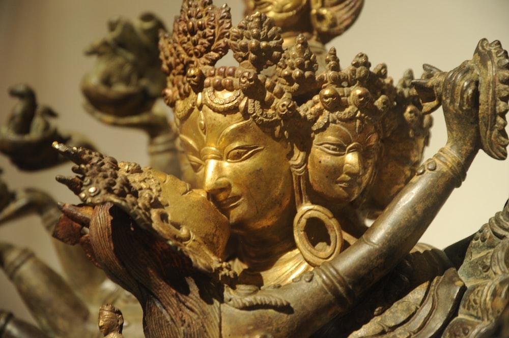 Hindu deity figures