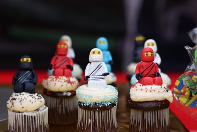 ninja cupcakes on table
