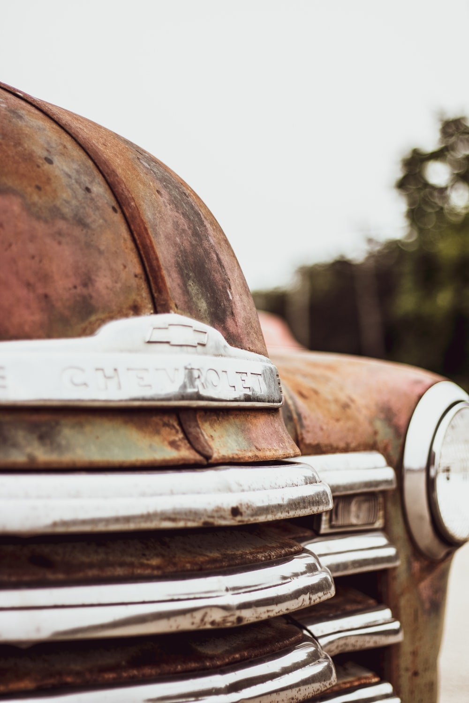 closeup photo of Chevrolet vehicle