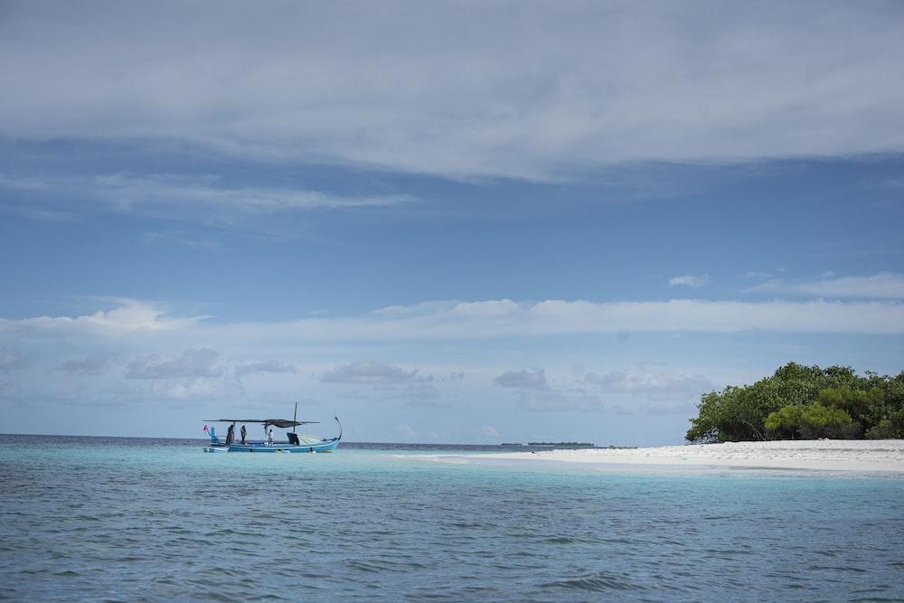 calm blue ocean during daytieme