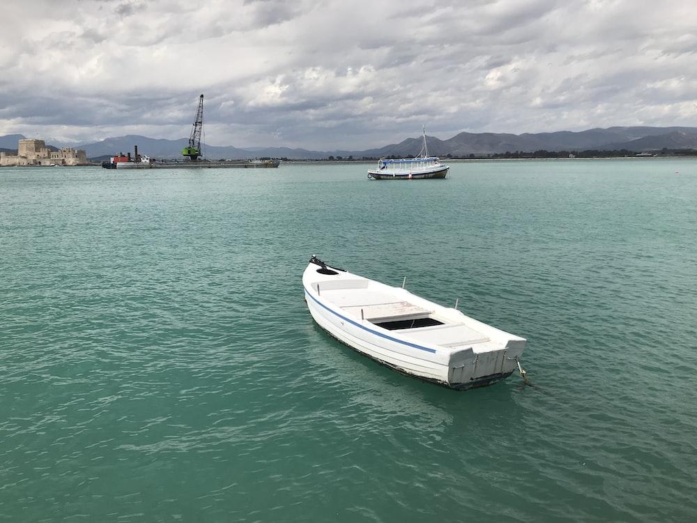 empty white boat