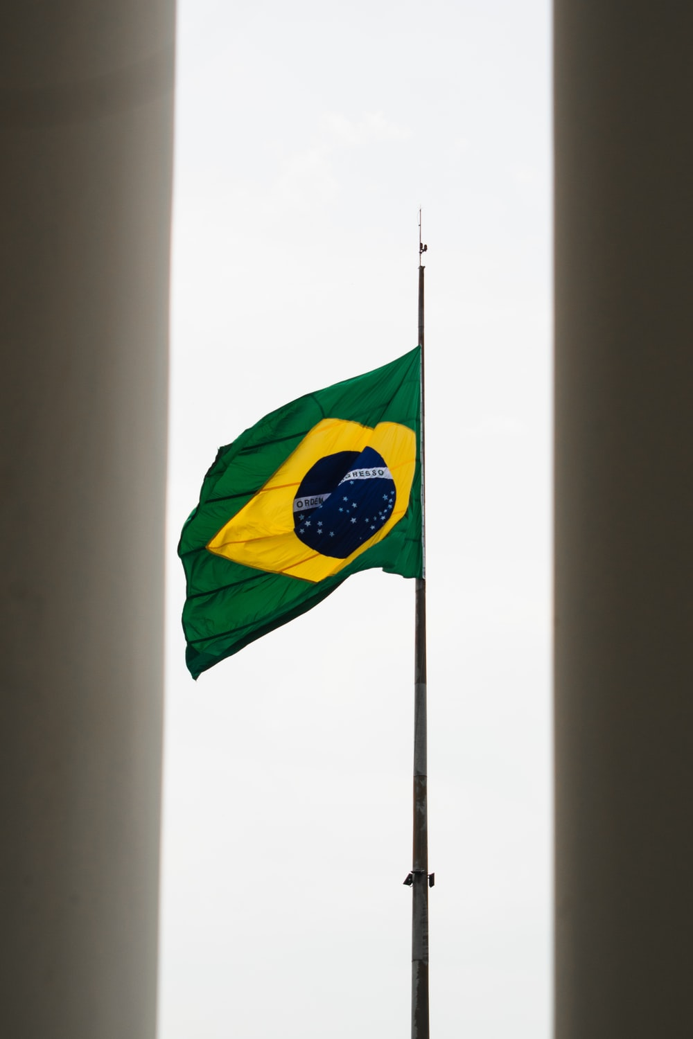 green and yellow flag