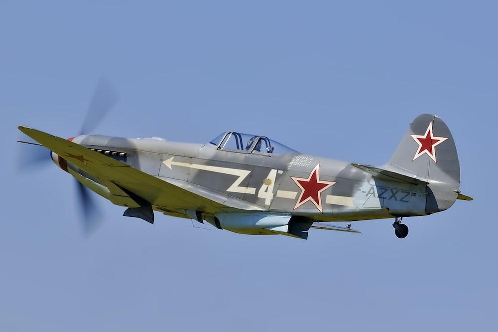 gray aircraft