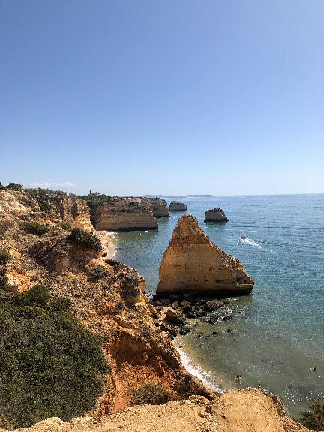 Benagil: one of the most beautiful beaches in the Algarve