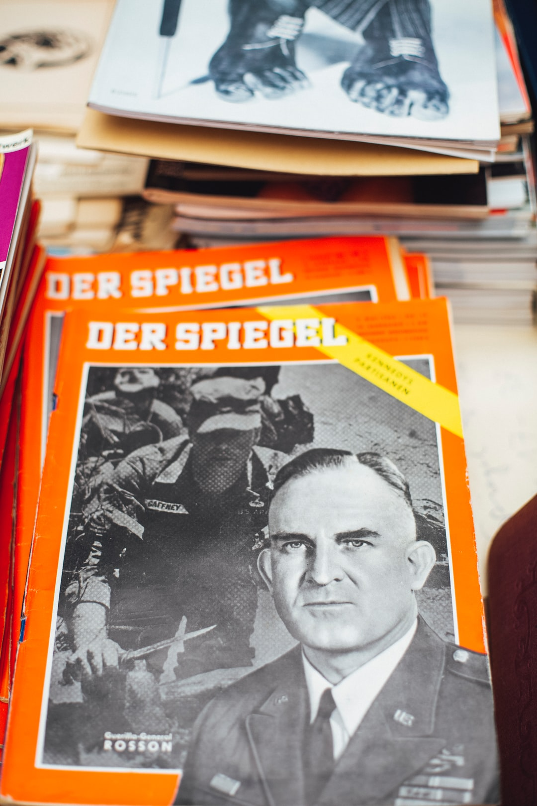 DER SPIEGEL 19/1962. Made with Canon 5d Mark III and loved analog lens, Leica Summilux-R 1.4 50mm (Year: 1983)