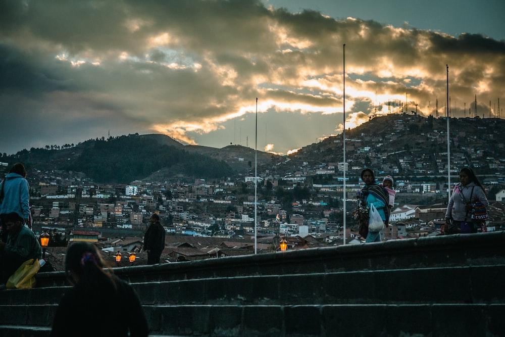 cityscape near mountain