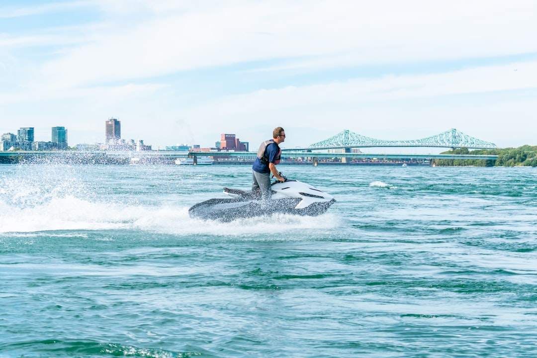 Taiga Motors Electric Watercraft on drives at speed on a Montreal river