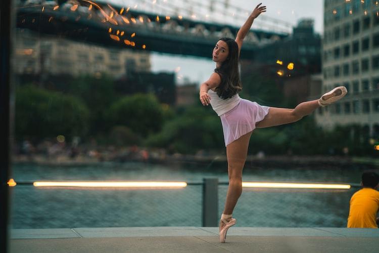 バレエ,ドン・キホーテ,キューピット,可愛い,踊るコツ,早い,恋の弓矢,衣装,カツラ,小道具,表現力,持久力