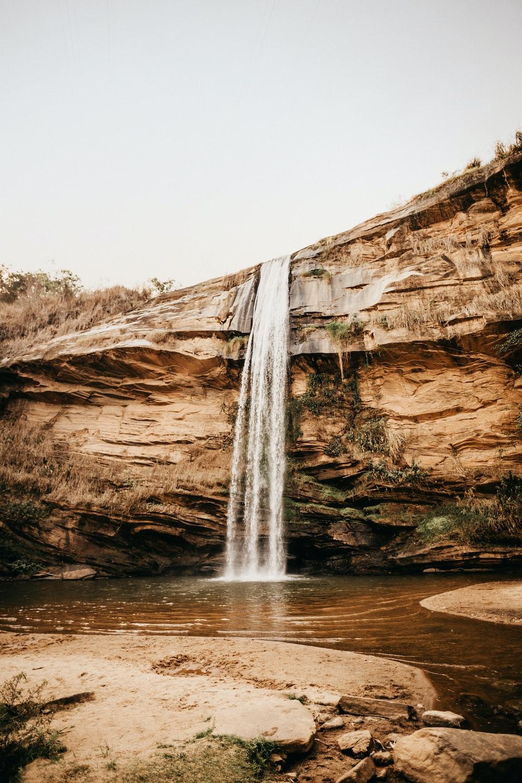 waterfalls photo during daytime