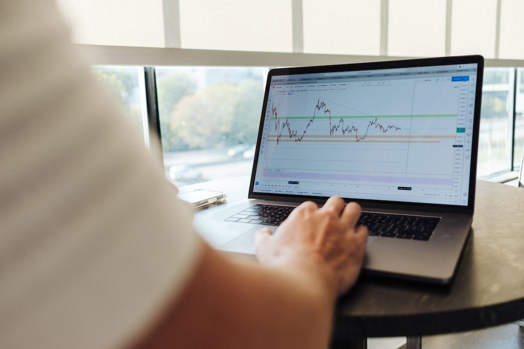 Bagaimana dompet virtual mendapatkan keuntungan?