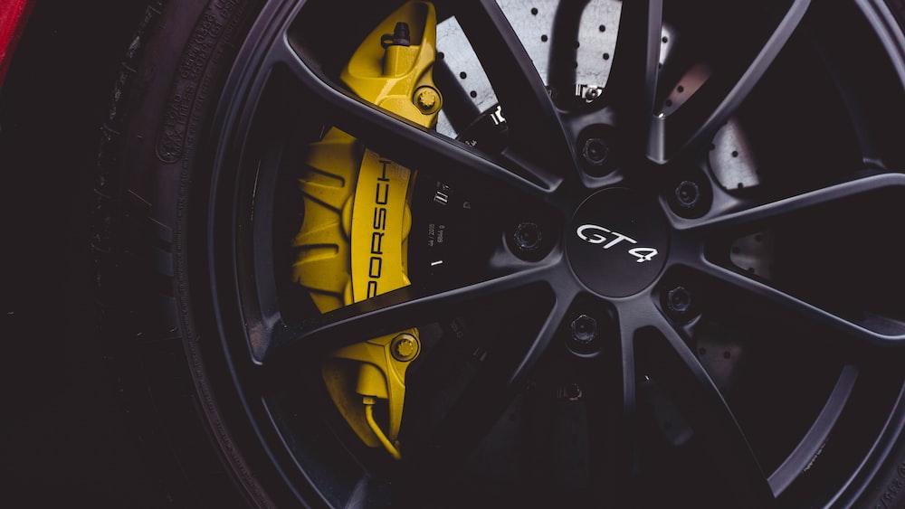 black GT4 multi-spoke wheel