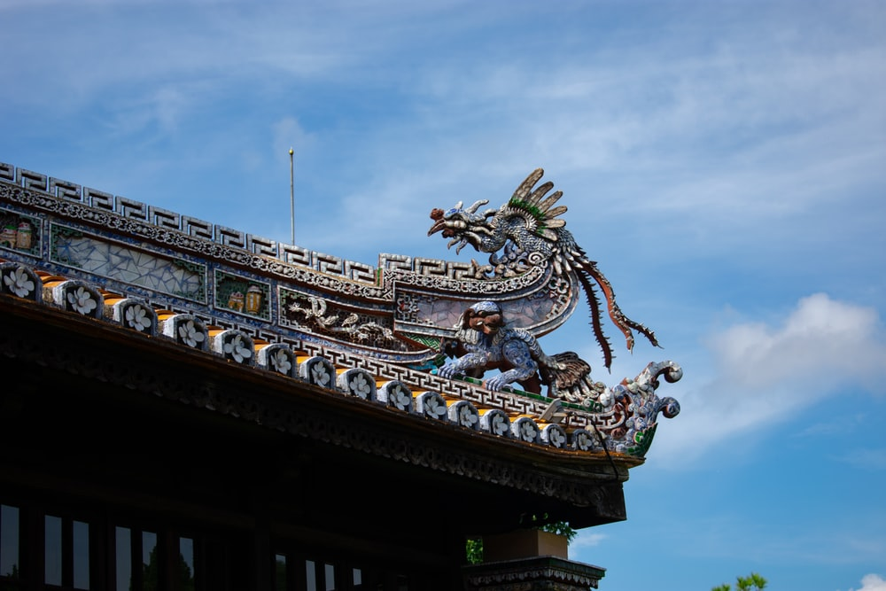 gray dragon roof
