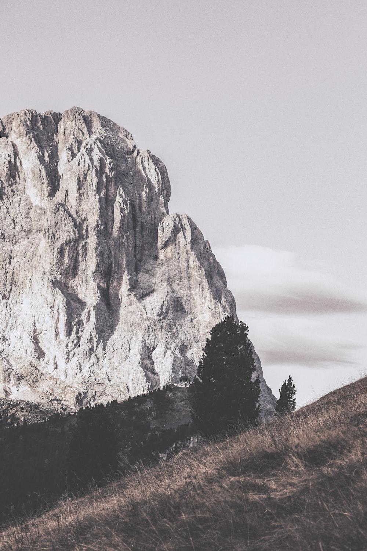gray rock mountain