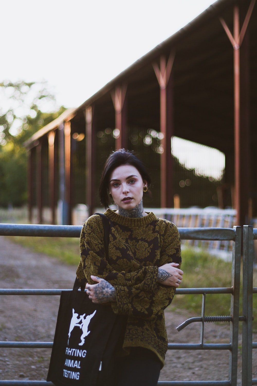 women's brown knit crew-neck sweater