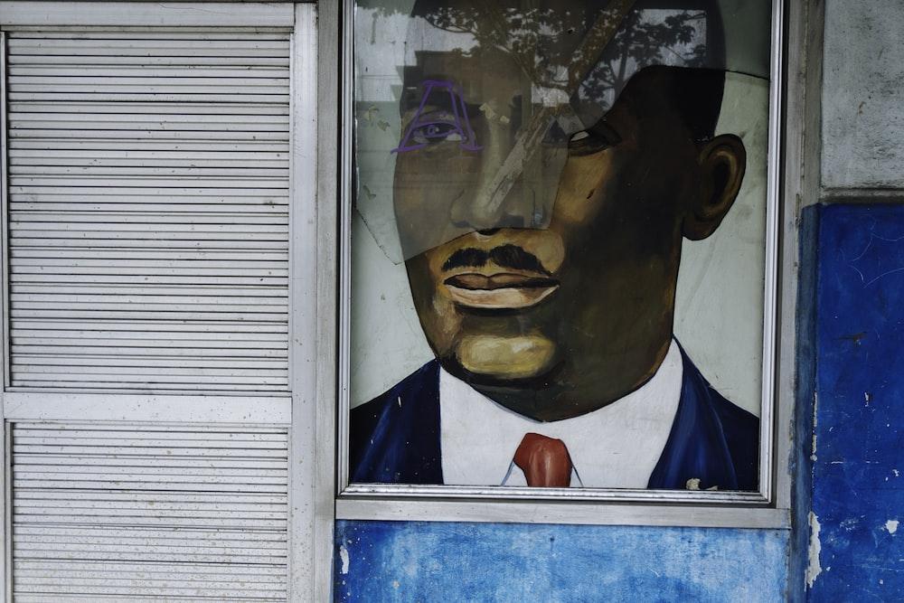 man sketch on wall