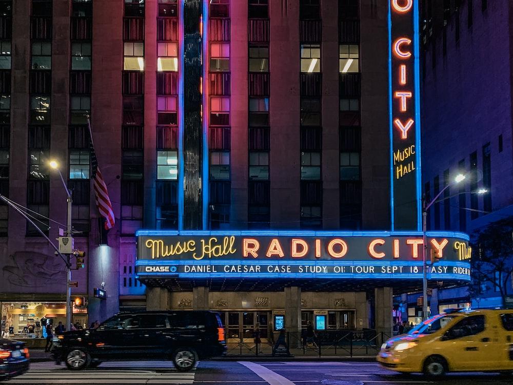 Music Hall Radio City signage