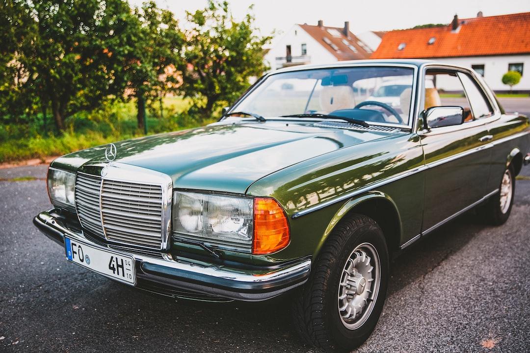 Mercedes Benz W123 280 CE Coupe. Vintage Oldtimer Mercedes Daimler Benz
