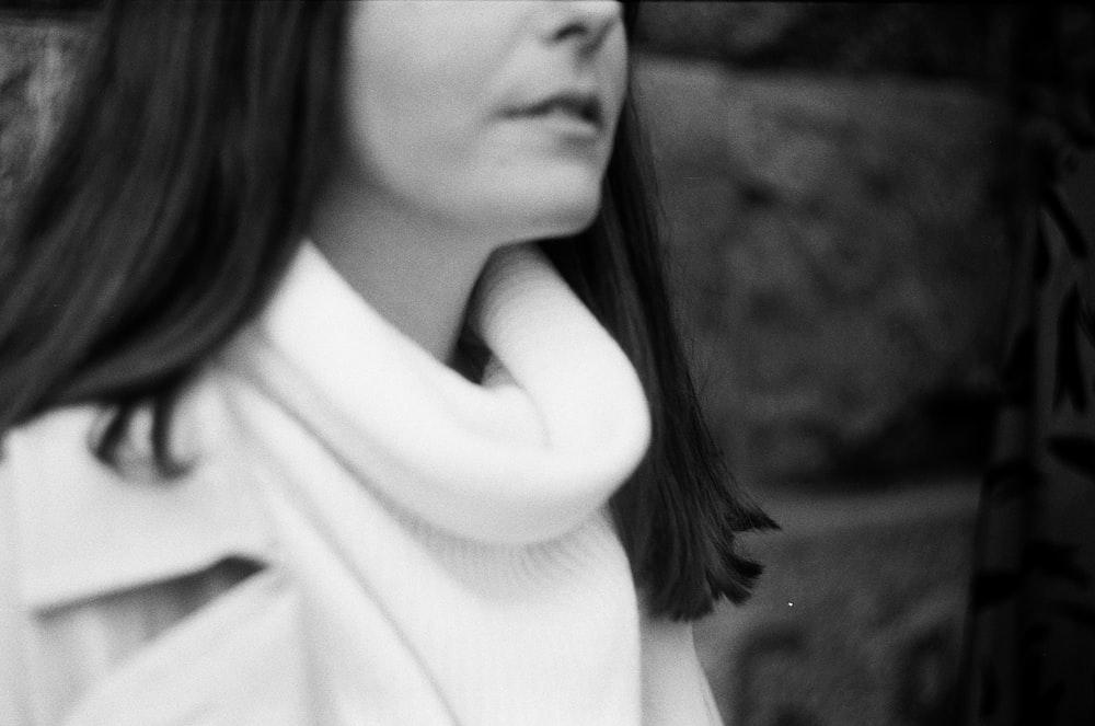 women's white top