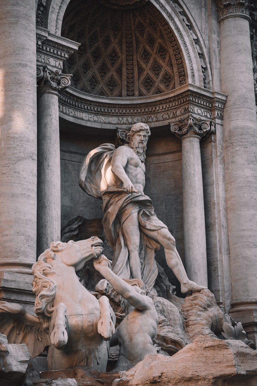 Trevi Fountain , Rome Italy