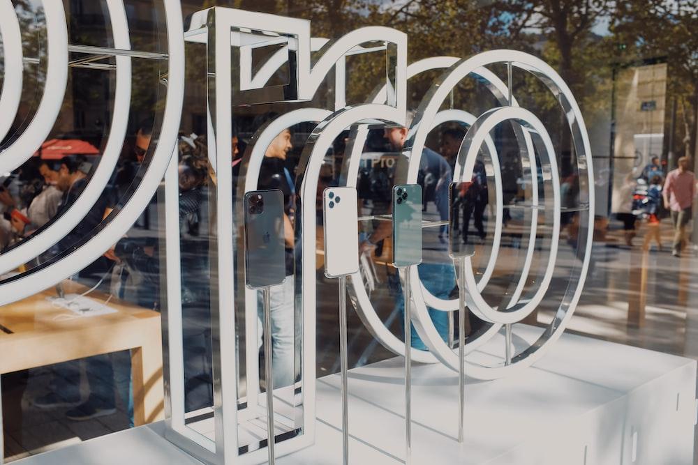 three iPhone 11 display