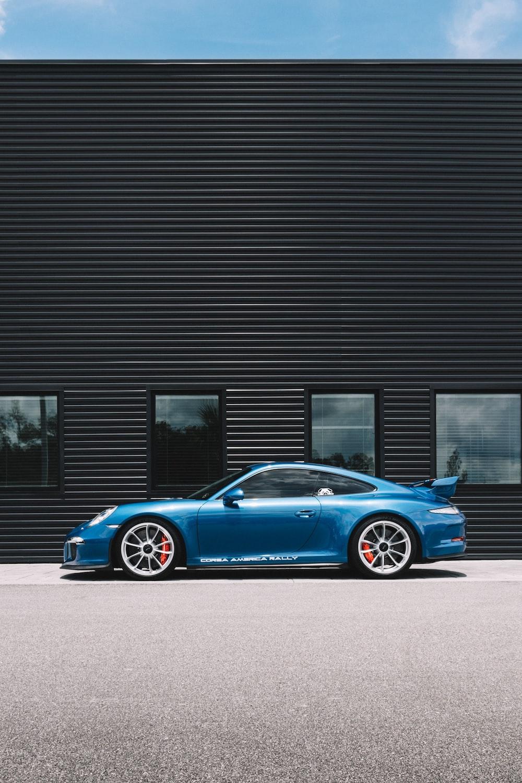 pakred blue coupe