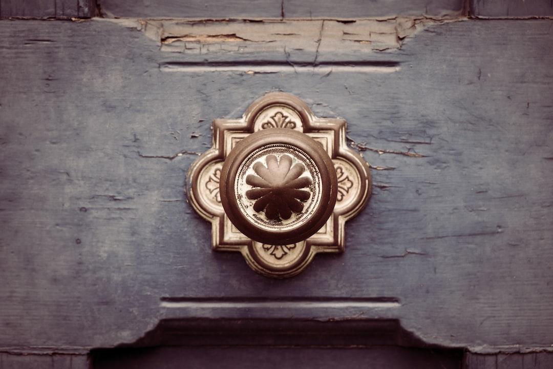 door handle on old door