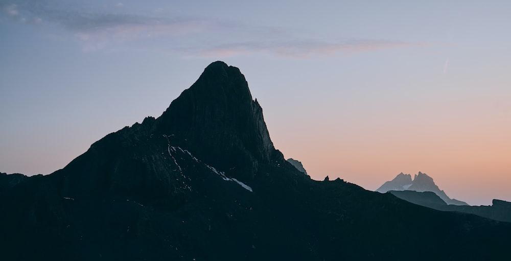 grey mountain during daytime
