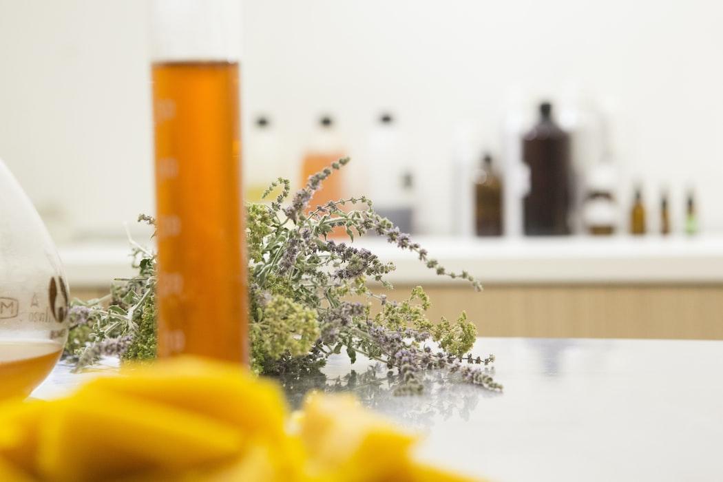 Bee Naturalles - dierproefvrij - make-up - verzorging - care