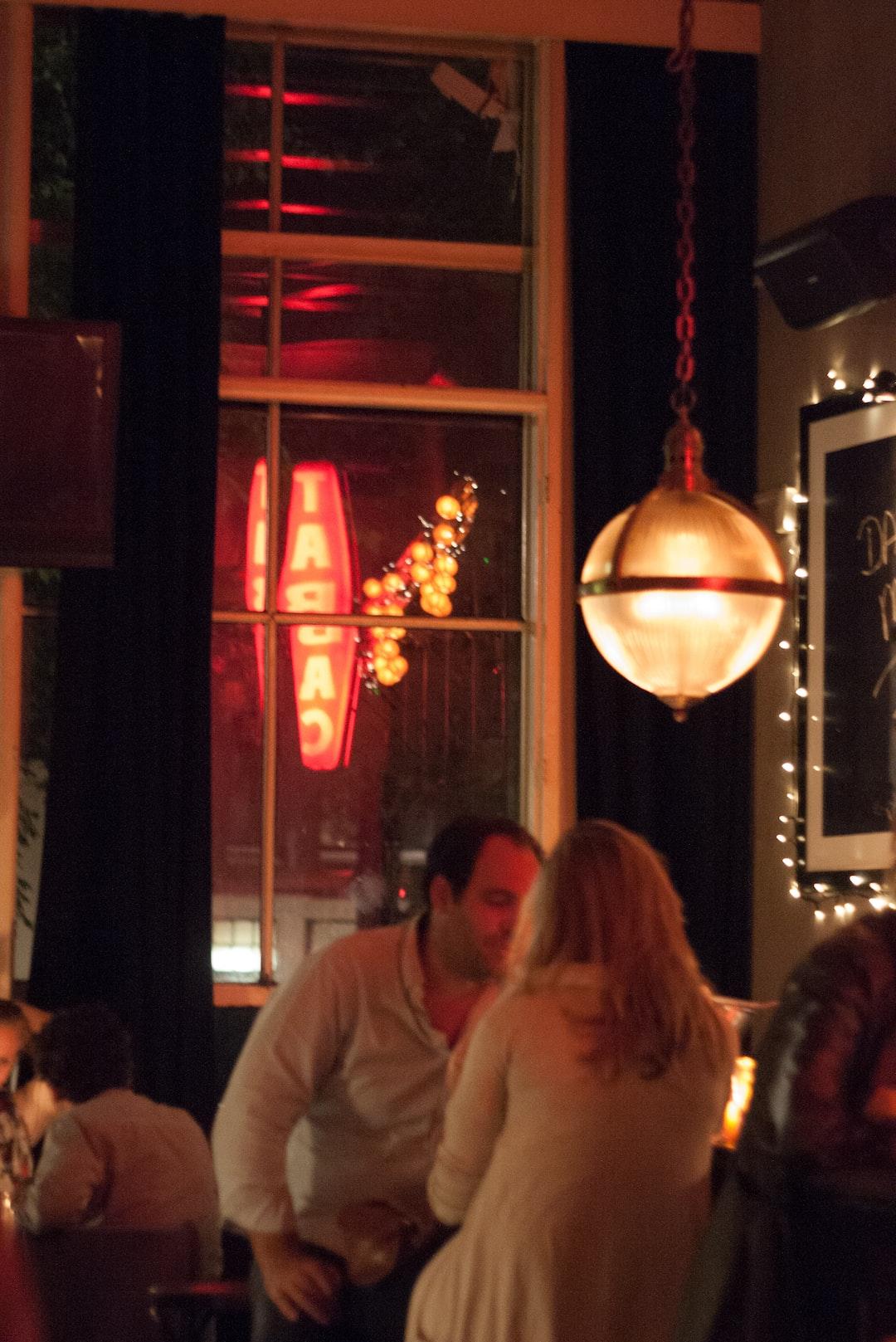 Conversation in Café Tabac