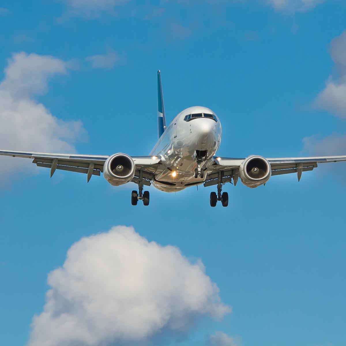 West Jet Boeing 737
