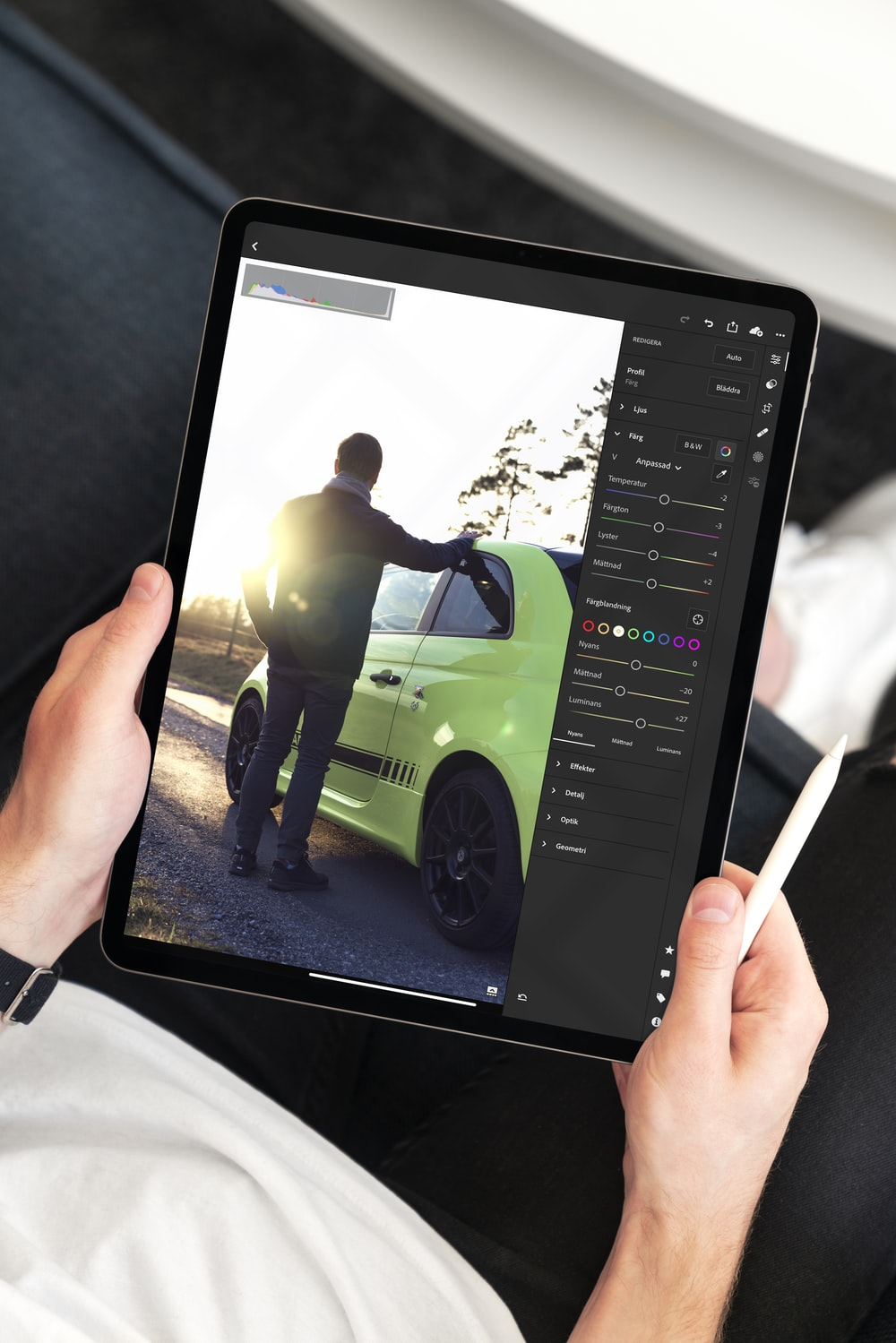 black tablet computer
