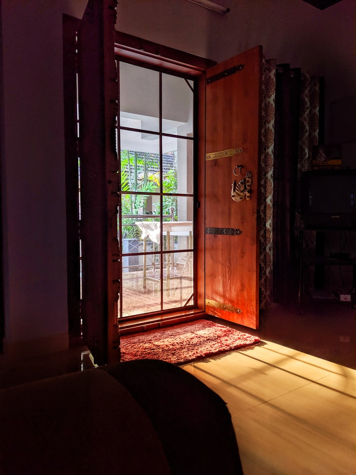 Security Screen Doors: How to Make the Right Choice