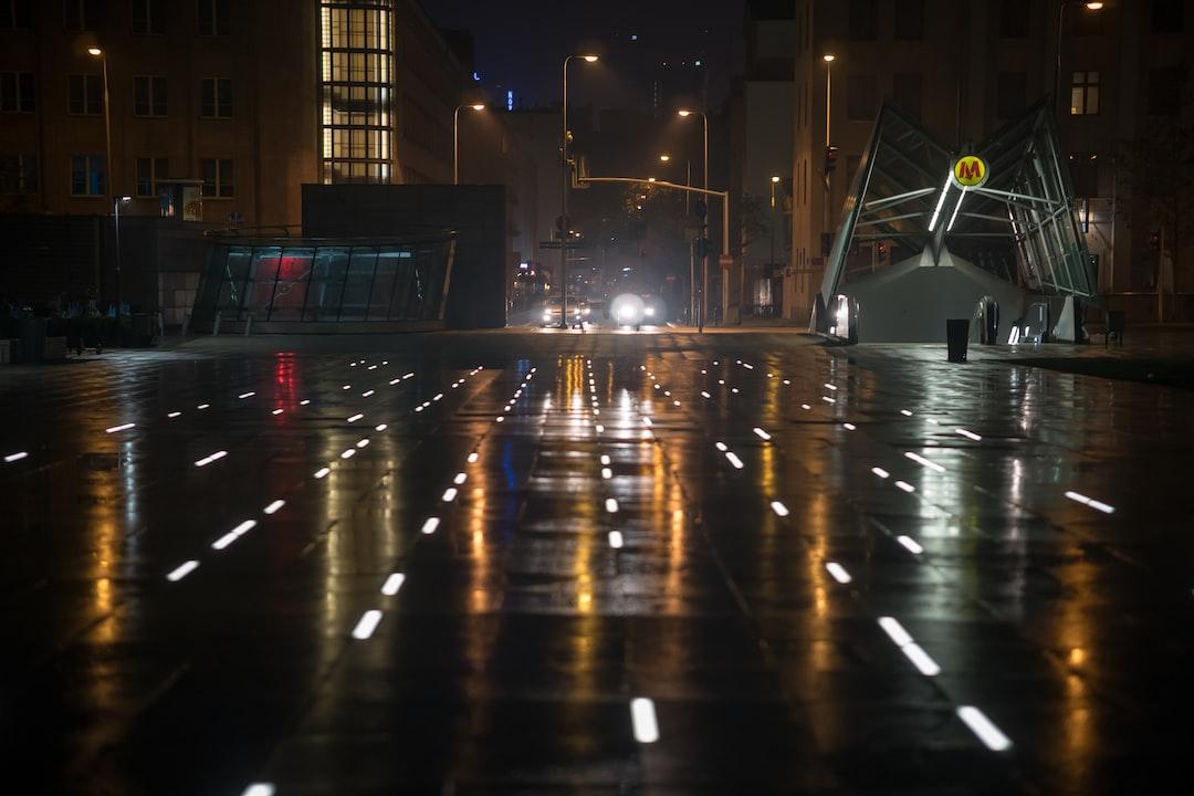 Rainy days ride along with mesmerizing reflections. #metro