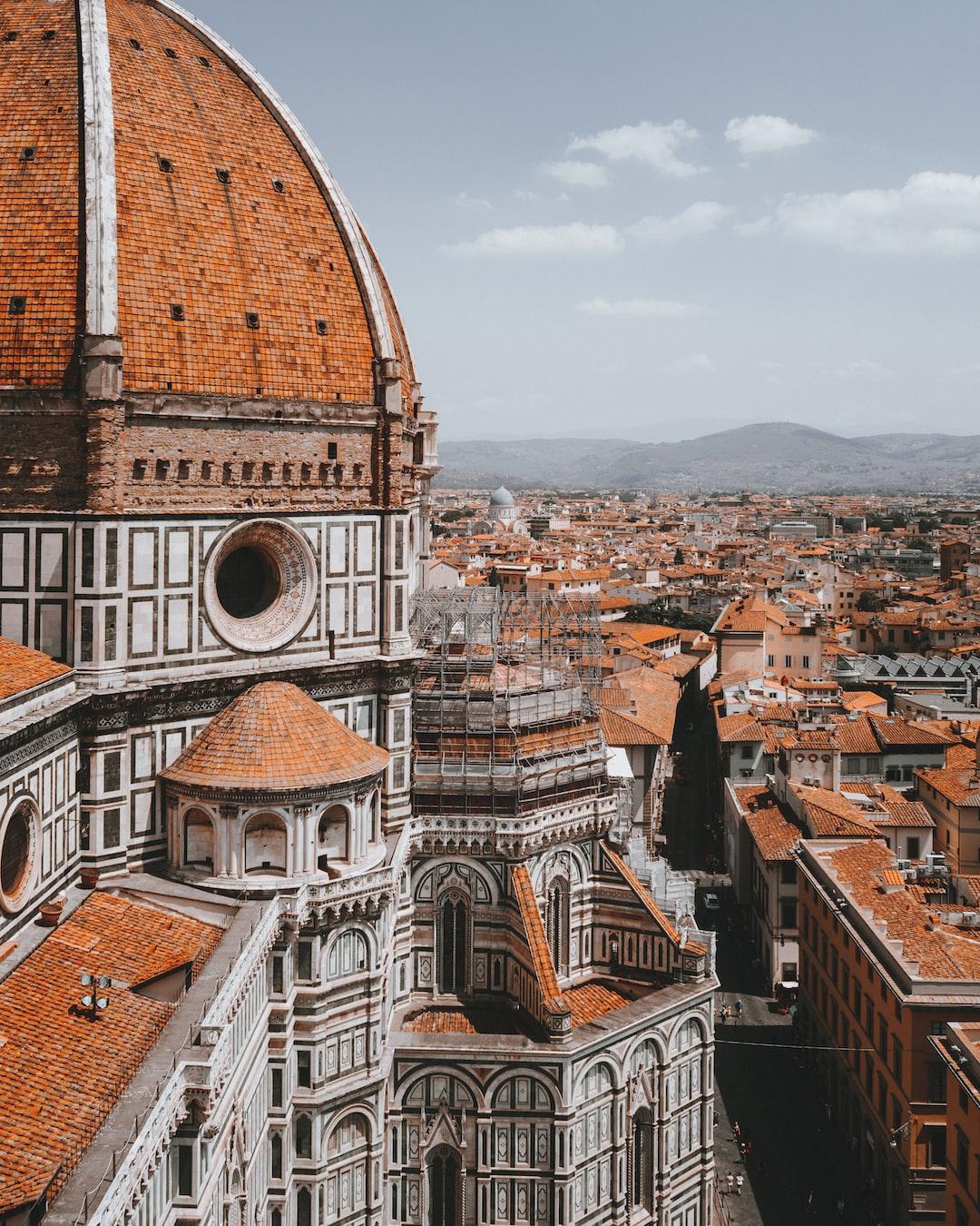 Florence views 🧡 – instagram.com/hrrbhn