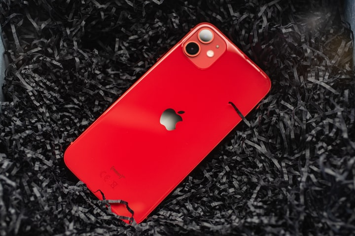 Kuo: iPhone 12 and 12 Pro pre-orders total 7-9 million, with 2 million ordered on the first day