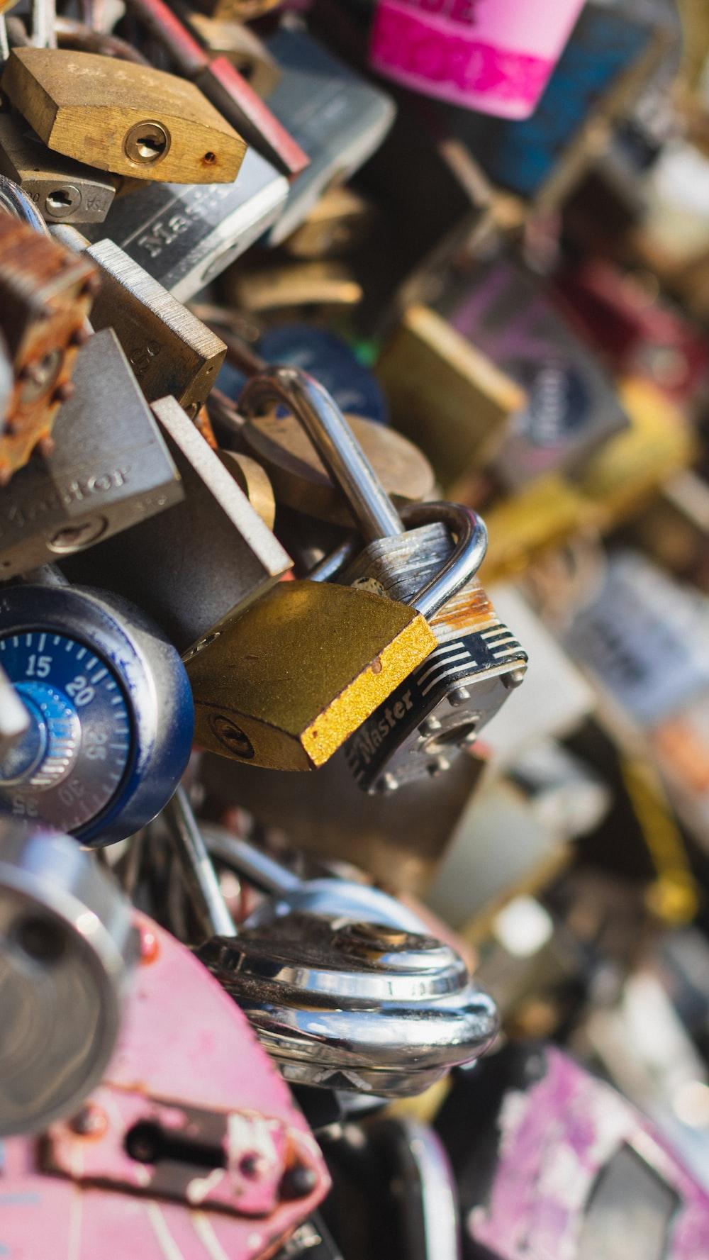 assorted-color padlock lot