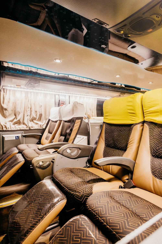 brown recliner sofa's