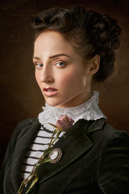 portrait photography of woman's face