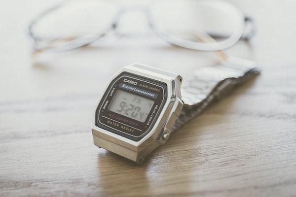 Orologi digitali Casio in 3 modelli vintage