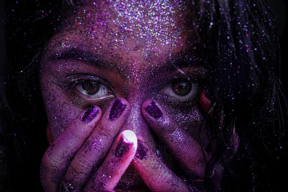 woman face close-up photography