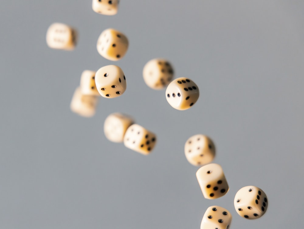 closeup photo of dices
