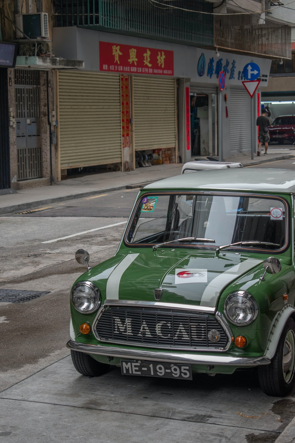 green and gray Mini Cooper