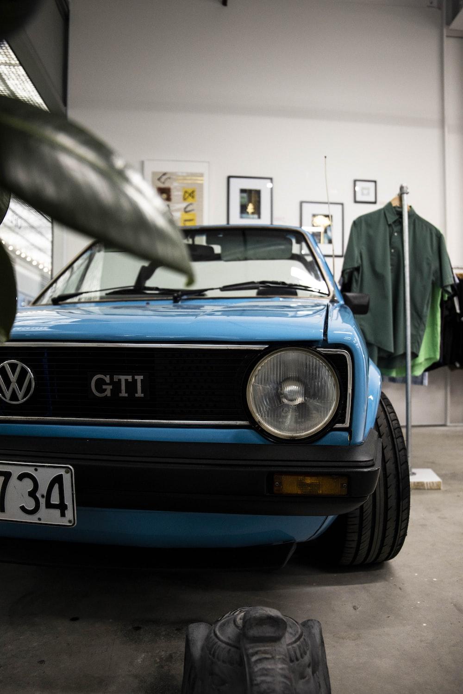 blue Volkswagen car