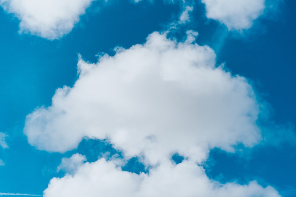 cloudy blue sky during daytime